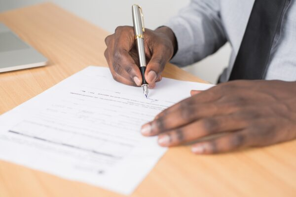 mobile title closing at home signing refi paperwork
